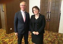 Eesti kaitseminister Hannes Hanso arutas kaitsealast koostööd Gruusia kaitseministri Tinatin Khidasheliga