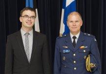 Kaitseminister Sven Mikser kohtus 8. septembril Eestit külastanud Soome kaitseväe juhataja kindral Jarmo Lindbergiga, kellega arutas kaitsealast koostööd Euroopa Liidu Põhjala lahingugrupis, Põhjala-Balti koostööraamistikus ja NATO Afganistani-jätkumissioonil Resolute Support.