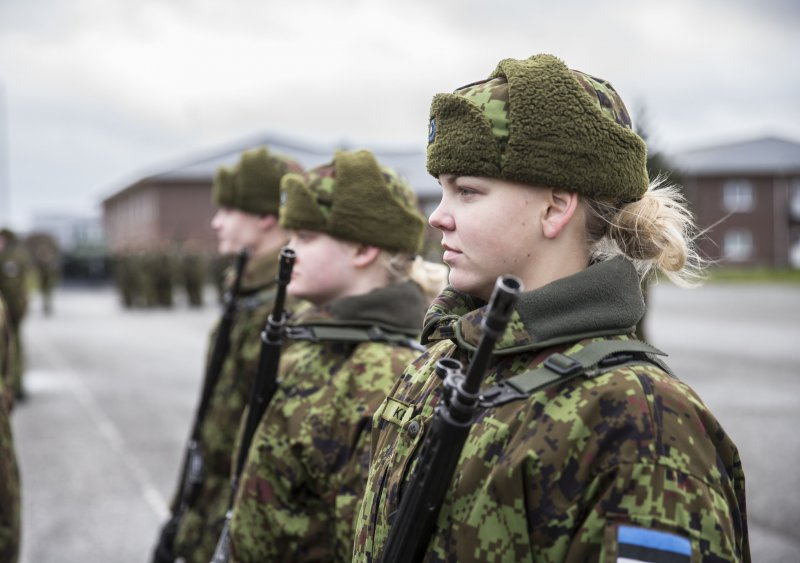 Minister of Defence eliminated restrictions on female ...