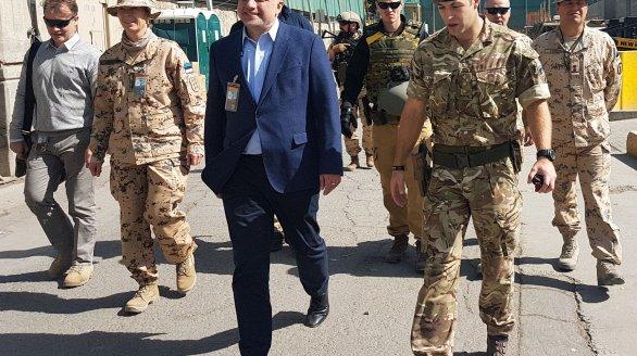 Kaitseminister Luik kohtus Afganistani presidendiga