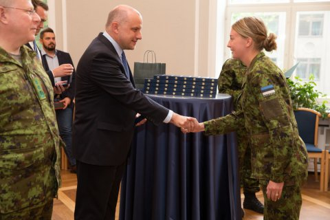 Minister of Defence Luik thanked servicemen who participated in foreign missions