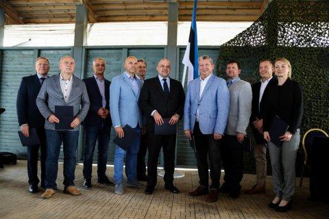 Kaitseministeerium sõlmis üheksa omavalitsusega heade kavatsuste leppe