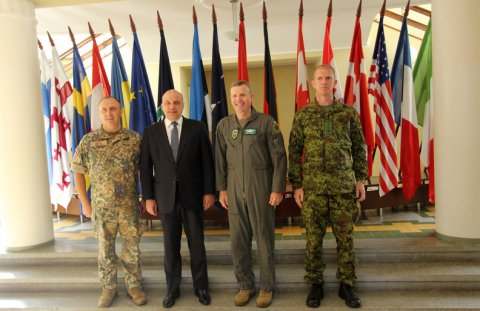 Minister of Defence Jüri Luik and NATO Supreme Allied Commander Europe General Tod D. Wolters at the Baltic Defence College, in Tartu
