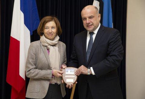 Prantsuse relvajõudude minister Florence Parly ja Eesti kaitseminister Jüri Luik.