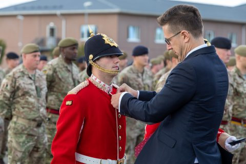 Permanent Secretary of the Estonian Ministry of Defense, Kusti Salm, yesterday presented medals to the troops of the UK-led NATO enhanced Forward Presence Battlegroup in Tapa, which will complete its deployment in Estonia later this month.