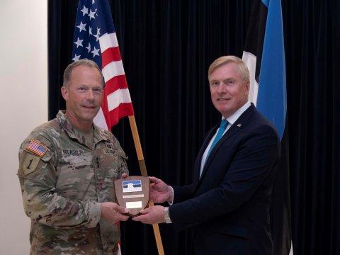 Lieutenant General John S. Kolasheski, Commanding General V Corps U.S. Army, and Defence Minister Kalle Laanet.