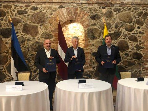 Eesti, Läti ja Leedu kaitseministrid kohtusid Lätis.