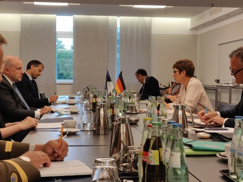 Minister of Defence Jüri Luik met in Berlin with German Minister of Defence Annegret Kramp-Karrenbauer to discuss the developments in Belarus and the poisoning of Russian opposition leader Aleksei Navalny.
