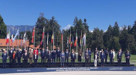 Kaitseminister Kalle Laanet võttis 1.-2. septembril osa Euroopa Liidu kaitseministrite mitteametlikust kohtumisest Sloveenias.