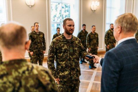 Kaitseminister tänas medalitega Afganistanis teeninud Eesti sõdureid