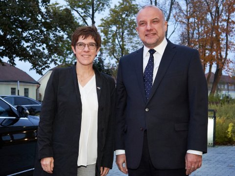 Minister of Defence of Estonia, Jüri Luik and Minister of Defence of Germany, Annegret Kramp-Karrenbauer, at their meeting in Estonia in October 2019. (Credit: Ministry of Defence of Estonia)