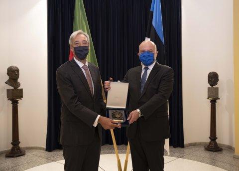 Kaitseminister Jüri Luik kohtus täna Portugali kaitseminister João Gomes Cravinhoga.