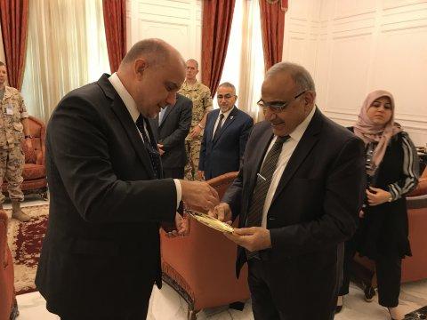 Luik arutas Iraagi peaministriga olukorda Lähi-Idas.