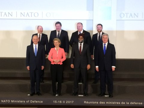 The ministers of defence of the countries deploying NATO battalion combat groups arriving in the Baltic Sea region and the host countries. Front row: U.S. Secretary of Defense and minsters of defence from Germany, Canada and the United Kingdom. Back row: Ministers of defence of Poland, Lithuania, Latvia and Estonia.