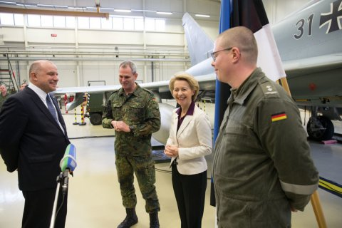 German Federal Minister of Defence arrives in Estonia for a visit