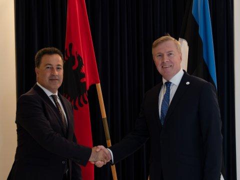 Laanet võõrustas Albaania kaitseministrit
