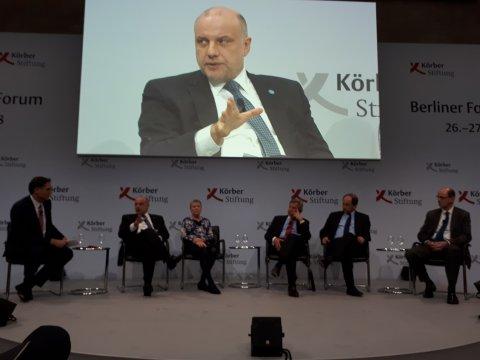 Luik discussed the Ukraine crisis in Berlin