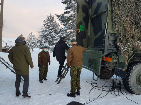 Defence Minister Kalle Laanet visited Narva during a tour of Ida-Virumaa yesterday.