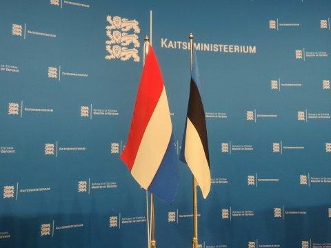 Kaitseminister Luik arutas Madalmaade kaitseministriga Euroopa kaitsefondi ja sõjalise mobiilsuse rahastamist