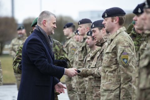 Permanent Secretary Kristjan Prikk presented service medals to allied soldiers from the United Kingdom.