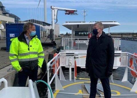 Kaitseminister Laanet väisas Saaremaad